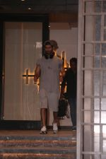 Shahid Kapoor spotted at gym in juhu on 14th Jan 2019 (5)_5c3ed872ec0d0.JPG
