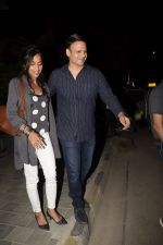 Vivek Oberoi & Wife Spotted At Soho House Juhu on 15th Jan 2019 (2)_5c3ed33c6ac7d.JPG