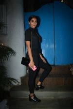 Pooja Hegde at the Success party of film Uri in Olive, bandra on 16th Jan 2019 (65)_5c4028456bfa3.JPG