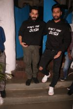 Vicky Kaushal, Aditya Dhar at the Success party of film Uri in Olive, bandra on 16th Jan 2019 (21)_5c402933c7fe9.JPG