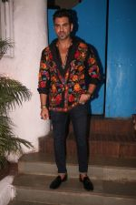 at the Success party of film Uri in Olive, bandra on 16th Jan 2019 (35)_5c4027ef8e397.JPG