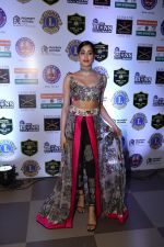 Janhvi Kapoor at Red Carpet of Lion Gold Award on 17th Jan 2019 (21)_5c418fd706604.JPG