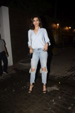 Karishma tanna spotted at Soho House juhu on 17th Jan 2019 (2)_5c4179dc2e29d.JPG