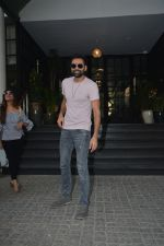 Abhay Deol Spotted At Soho House Bandra on 20th Jan 2019 (3)_5c4583298ce5c.JPG
