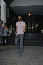 Abhay Deol Spotted At Soho House Bandra on 20th Jan 2019 (6)_5c45832f29f4d.JPG