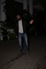 Abhay Deol spotted at Soho House juhu on 18th Jan 2019 (6)_5c456bb0a8b70.JPG