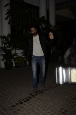 Abhay Deol spotted at Soho House juhu on 18th Jan 2019 (8)_5c456bb358762.JPG