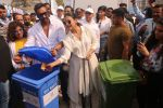 Ajay Devgan, Kajol at Plastic Banega Fantastic event by uniliver in Mahim Beach on 19th Jan 2019 (63)_5c4573ffc0670.JPG