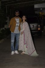 Alia Bhatt, Vicky Kaushal at Uri Screening in Sunny Sound Juhu on 18th Jan 2019 (108)_5c457780633f9.JPG