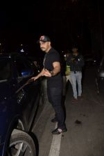 Arjun Kapoor spotted at Soho House juhu on 18th Jan 2019 (35)_5c45783c5882c.JPG