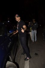 Arjun Kapoor spotted at Soho House juhu on 18th Jan 2019 (36)_5c45783daae91.JPG