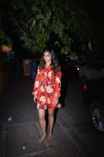 Pooja Hegde with mother spotted at bandra on 19th Jan 2019 (15)_5c456bd9c6274.JPG