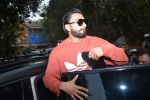 Ranveer Singh spotted at dubbing studio bandra on 19th Jan 2019 (8)_5c456bf385add.JPG