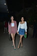 Janhvi Kapoor, Khushi Kapoor at Punit Malhotra_s Party in Bandra on 20th Jan 2019 (116)_5c46c4fa80f27.JPG