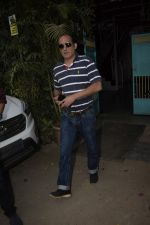 Akshay Khanna spotted at physioflex in Versova on 22nd Jan 2019 (8)_5c4810c3d0ef7.JPG