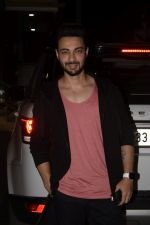 Aayush Sharma Spotted At Khar on 23rd Jan 2019 (12)_5c49595930561.JPG