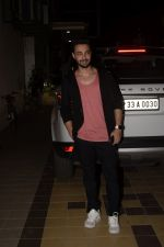 Aayush Sharma Spotted At Khar on 23rd Jan 2019 (14)_5c49595c46896.JPG