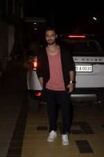 Aayush Sharma Spotted At Khar on 23rd Jan 2019 (5)_5c49594c8ac66.JPG