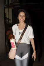 Nushrat Bharucha spotted at dance class in juhu on 23rd Jan 2019 (11)_5c495e48ac0a0.JPG