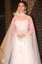 Alia Bhatt at Sakshi Bhatt_s Wedding Reception in Taj Lands End on 26th Jan 2019 (157)_5c4ebba946f10.JPG