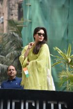 Kareena Kapoor during the flag hoisting ceremony at thier society in bandra on 26th Jan 2019 (30)_5c4eb6c47cb7a.JPG