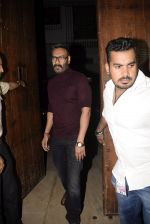 Ajay Devgan at Bobby Deol_s birthday party at his home in juhu on 27th Jan 2019 (35)_5c500435648ae.JPG