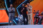 Akshay Kumar, Ajay Devgan, Rohit Shetty at Umang police festival in bkc on 27th Jan 2019 (33)_5c50063aea95e.JPG