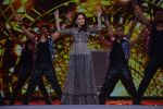 Madhuri Dixit at Umang police festival in bkc on 27th Jan 2019 (82)_5c500721d6946.JPG