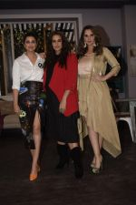 Parineeti Chopra, Sania Mirza & Neha Dhupia on the sets of Vogue BFFs at filmalaya studio in Andheri on 26th Jan 2019 (8)_5c4ff5a465aa2.jpg
