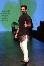Saqib Saleem AT LAKME FASHION WEEK DAY on 30th Jan 2019 (5)_5c529ad41a0f8.JPG