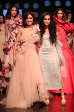 Yami Gautam walk the ramp for GAURI & NAINIKA SHOW at Lakme Fashion Week on 30th Jan 2019-1(15)_5c529fbe16bc2.JPG