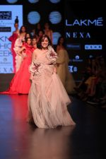 Yami Gautam walk the ramp for GAURI & NAINIKA SHOW at Lakme Fashion Week on 30th Jan 2019-1(17)_5c529fa2403b3.JPG