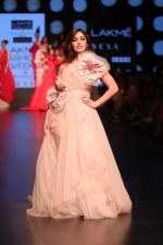Yami Gautam walk the ramp for GAURI & NAINIKA SHOW at Lakme Fashion Week on 30th Jan 2019-1(20)_5c529faf99419.JPG