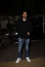 Angad Bedi at Ek ladki ko Dekha toh Aisa laga screening at The View in Andheri on 31st Jan 2019 (17)_5c53f2319d3d5.JPG