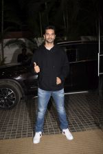 Angad Bedi at Ek ladki ko Dekha toh Aisa laga screening at The View in Andheri on 31st Jan 2019 (20)_5c53f23999dfa.JPG