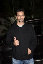Angad Bedi at Ek ladki ko Dekha toh Aisa laga screening at The View in Andheri on 31st Jan 2019 (24)_5c53f26a5f395.JPG
