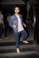 Armaan Malik spotted at Soho House juhu on 3rd Feb 2019 (16)_5c57f15729f49.JPG