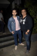 Armaan Malik, Daboo Malik spotted at Soho House juhu on 3rd Feb 2019 (16)_5c57f15ece633.JPG