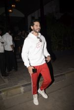 Dino Morea spotted at Soho House juhu on 3rd Feb 2019 (2)_5c57f17f044fa.JPG