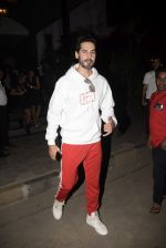 Dino Morea spotted at Soho House juhu on 3rd Feb 2019 (3)_5c57f180c819d.JPG