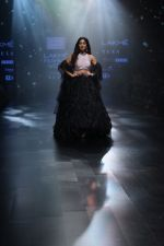 Bhumi Pednekar walk the ramp for Shehla Khan at Lakme Fashion Week 2019  on 3rd Feb 2019 (71)_5c593ed93f7ce.jpg