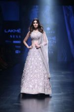 Diana Penty Walk the Ramp for Mishru Show at Lakme Fashion Week 2019 on 1st Feb 2019 (28)_5c593e5f607ea.jpg
