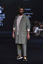 Jim Sarbh Walks Ramp for Designer Bodice at Lakme Fashion Week 2019 on 3rd Feb 2019 (52)_5c593d63e6e98.jpg