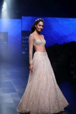 Lisa Haydon walk the ramp for Shehla Khan at Lakme Fashion Week 2019  on 3rd Feb 2019 (29)_5c593f41557c7.jpg