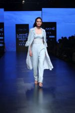 Model walk the ramp for Shehla Khan at Lakme Fashion Week 2019  on 3rd Feb 2019 (64)_5c593f562f376.jpg