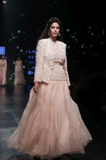 Model walk the ramp for Shehla Khan at Lakme Fashion Week 2019  on 3rd Feb 2019 (73)_5c593f65e919c.jpg