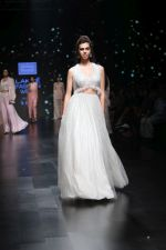 Model walk the ramp for Shehla Khan at Lakme Fashion Week 2019  on 3rd Feb 2019 (76)_5c593f6a80988.jpg