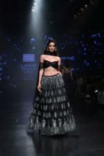 Model walk the ramp for Shehla Khan at Lakme Fashion Week 2019  on 3rd Feb 2019 (87)_5c593f7d94d9a.jpg