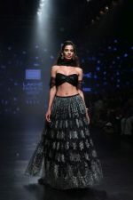 Model walk the ramp for Shehla Khan at Lakme Fashion Week 2019  on 3rd Feb 2019 (89)_5c593f811f33c.jpg