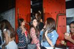 Karisma Kapoor spotted at Sanchos bandra on 5th Feb 2019 (64)_5c5a9ff959a09.JPG